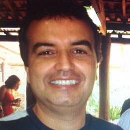 Julio Reis - Funerária João de Campos